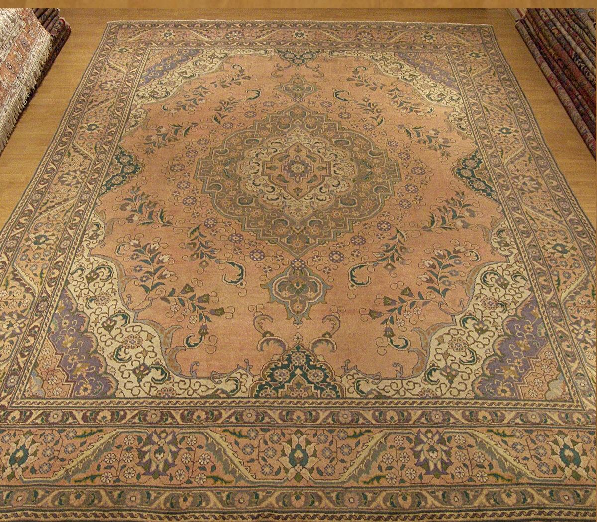 10x13 Beautiful Hand Made Antique Persian Tabriz